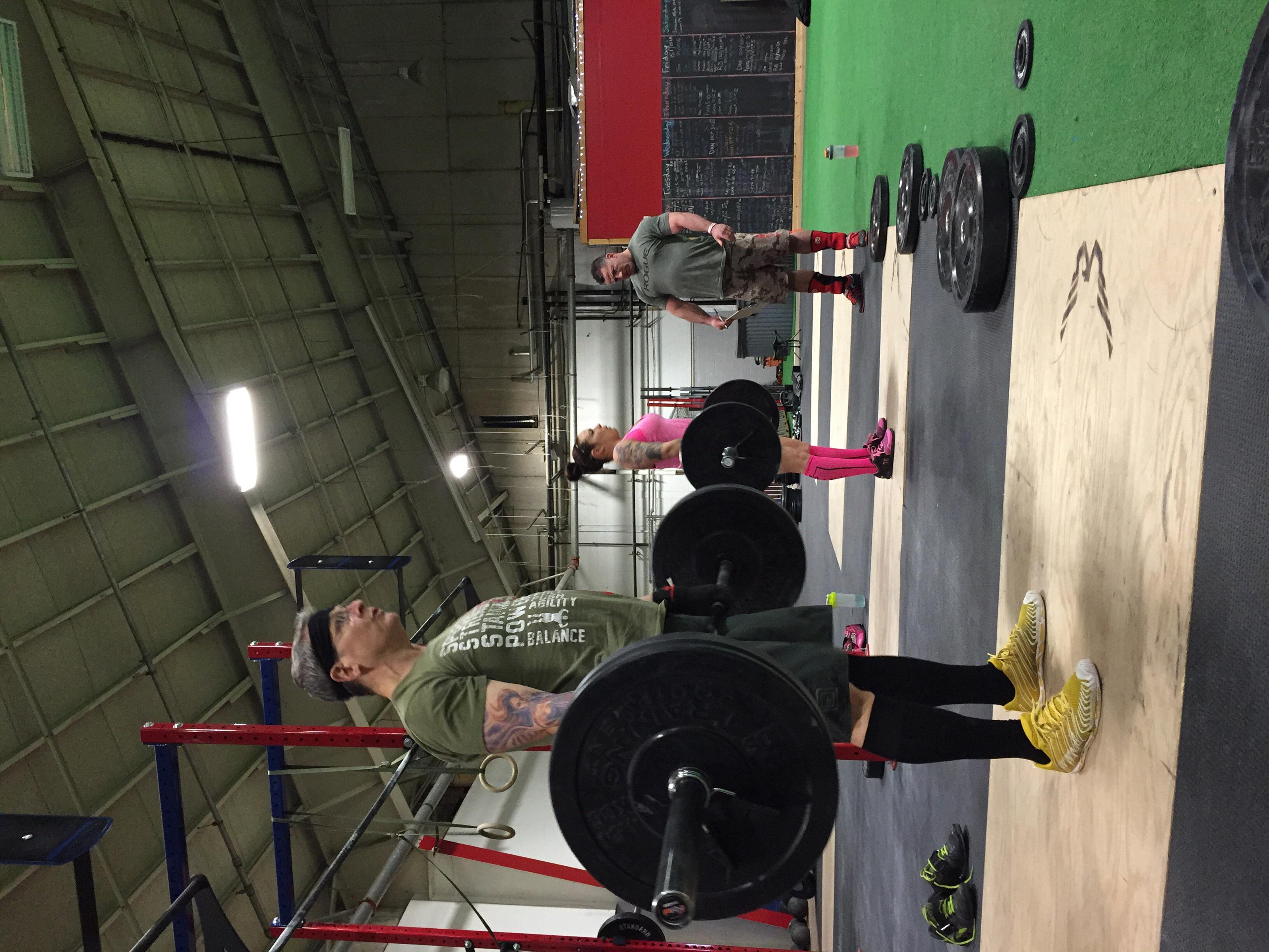 Ray and Richelle 'nsync on their deadlifts for 15.1    Great work guys!!! Richelle went on to PR her clean & Jerk.