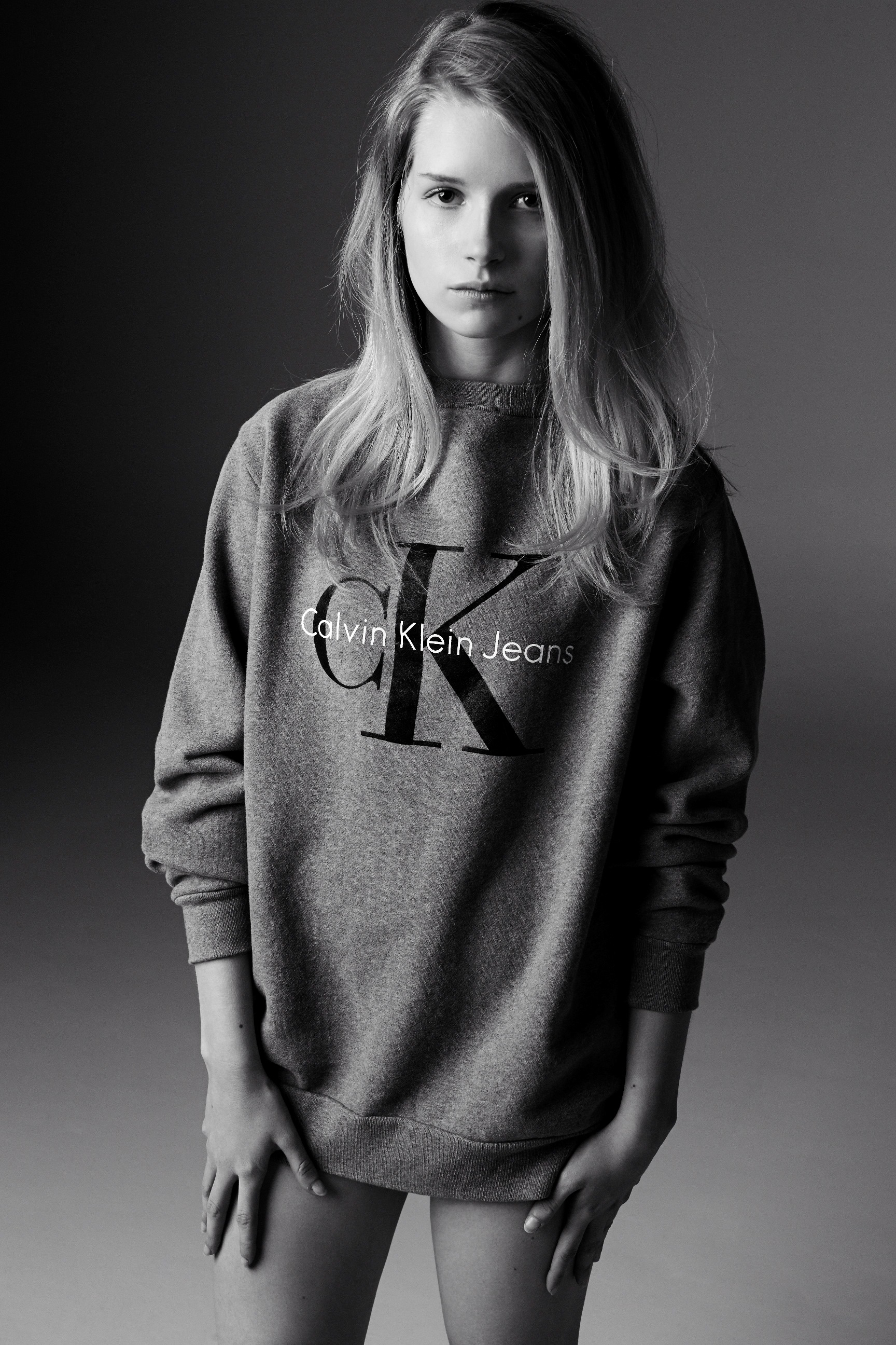 Calvin Klein , King of the 90's, brings the sweatshirt back to its glory days in his show at NYFW14