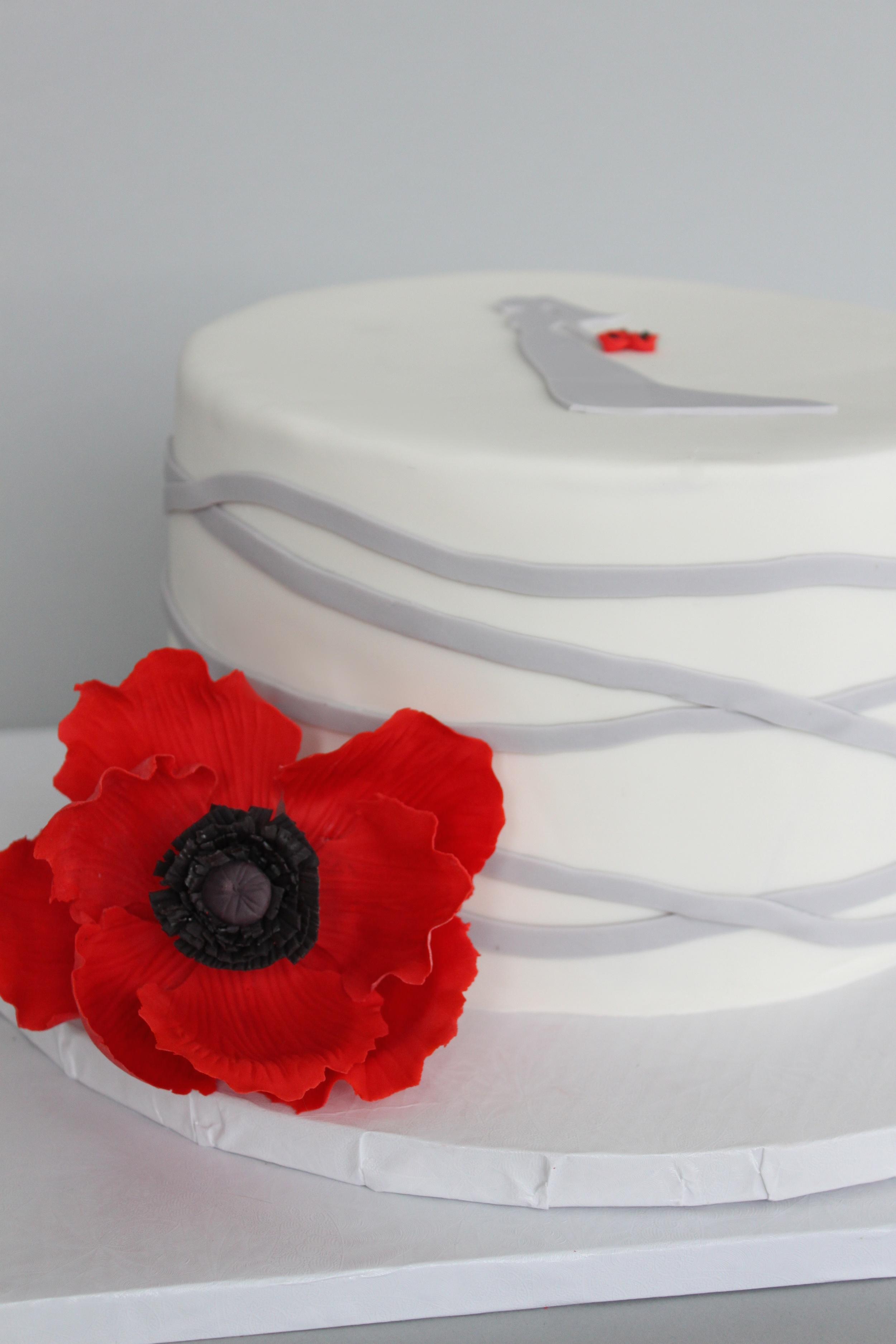 Bridal silhouette cake flower 7407.jpg