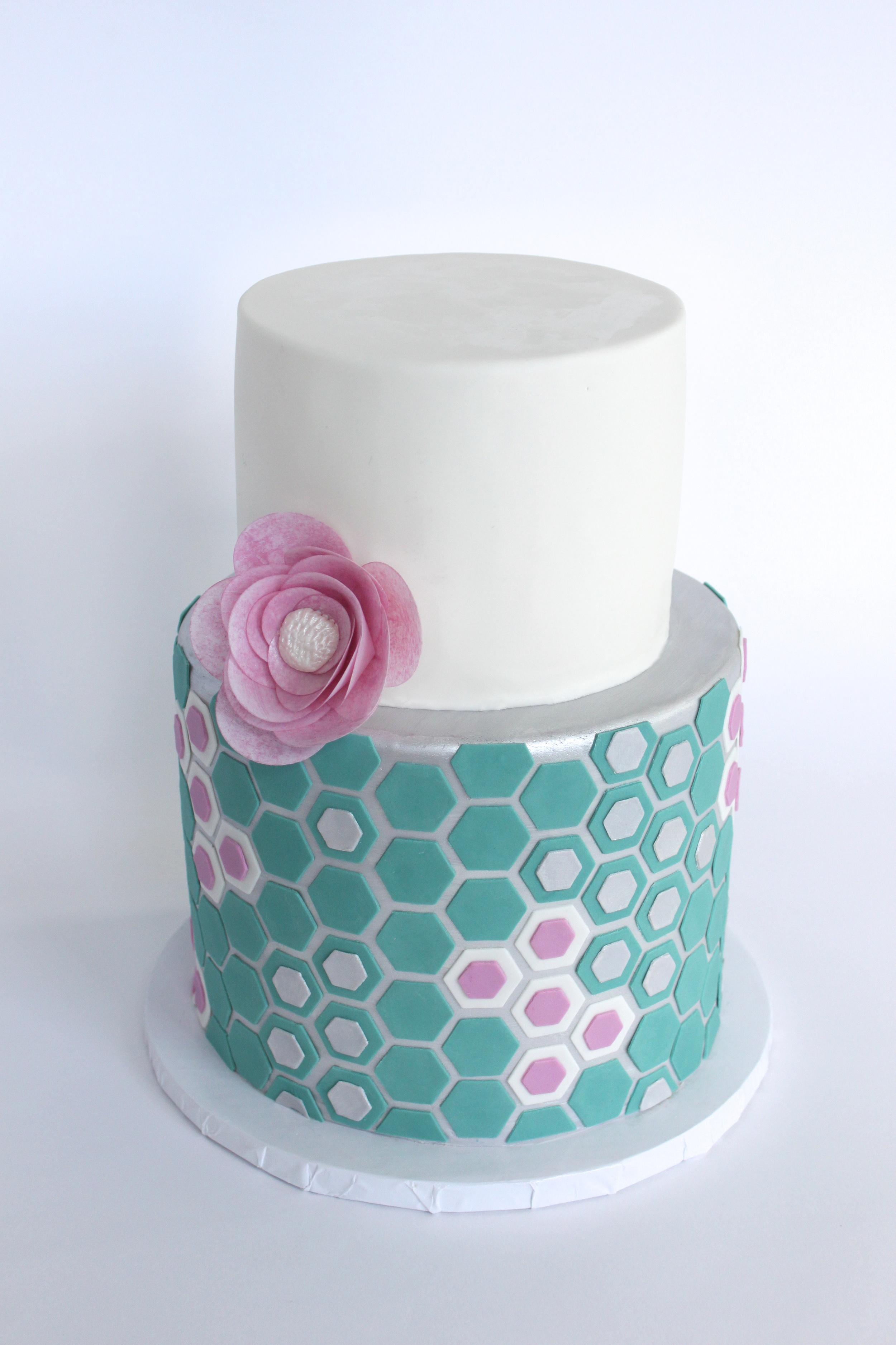 Honeycomb hexagon cake gram 9194.jpg