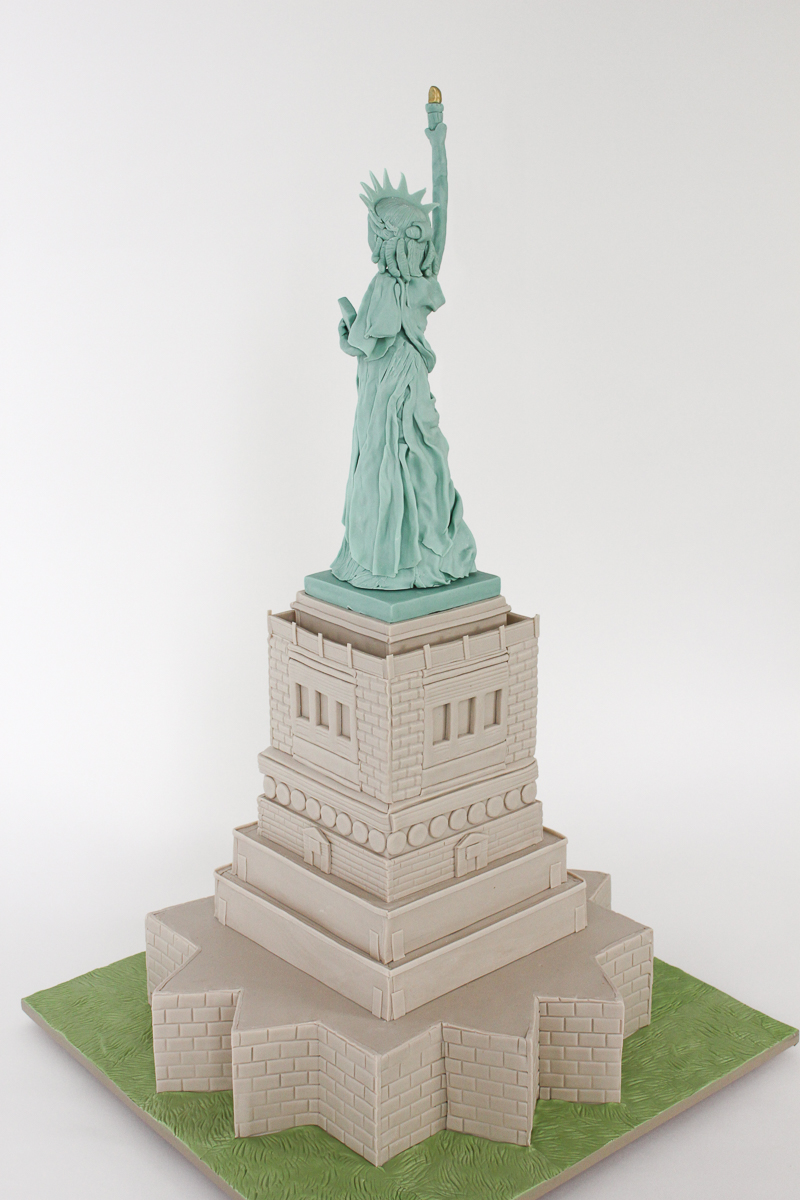 Statue of Liberty Cake_085.jpg