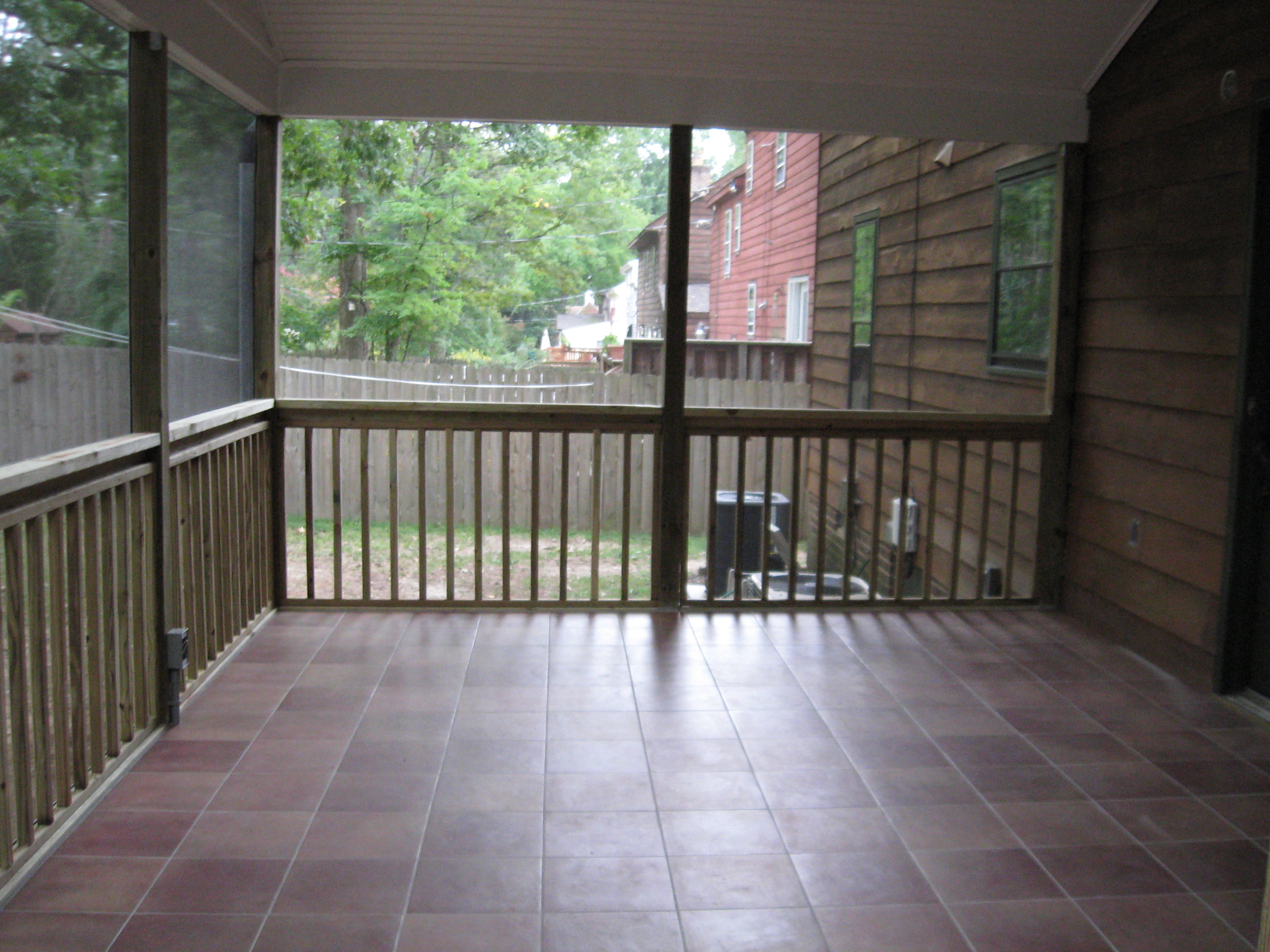 Richmond's Mid town Screen Porch Addition.jpg