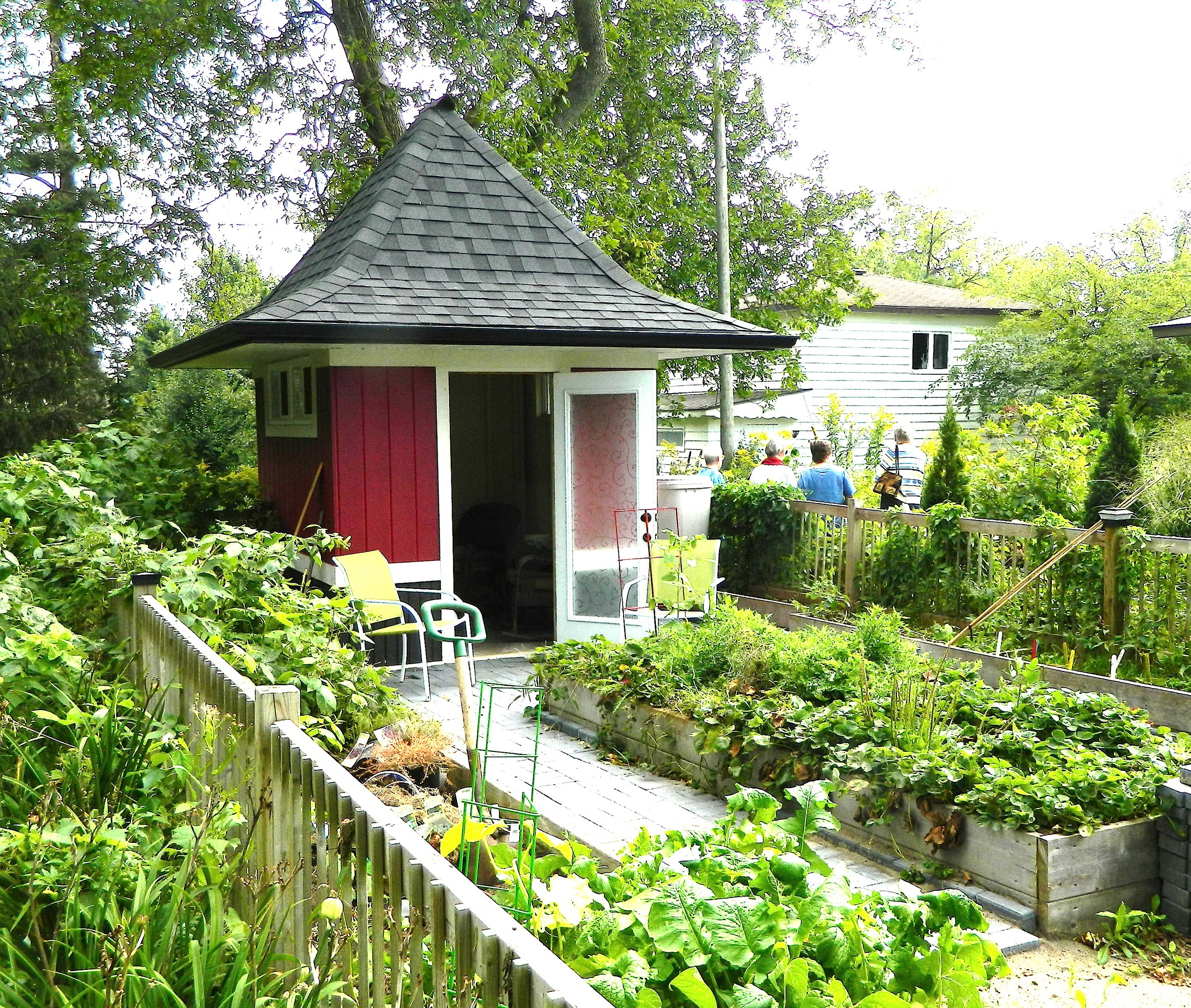 Flynn's garden shed 9.14-1.JPG
