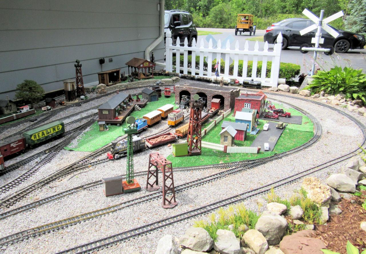 Genesee Shortline Railroad GRR Layout (3).JPG