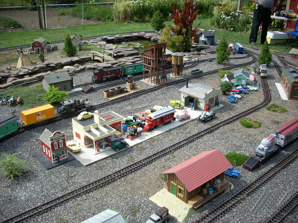 Lo-Bo Garden Rails GRR Layout (9).JPG