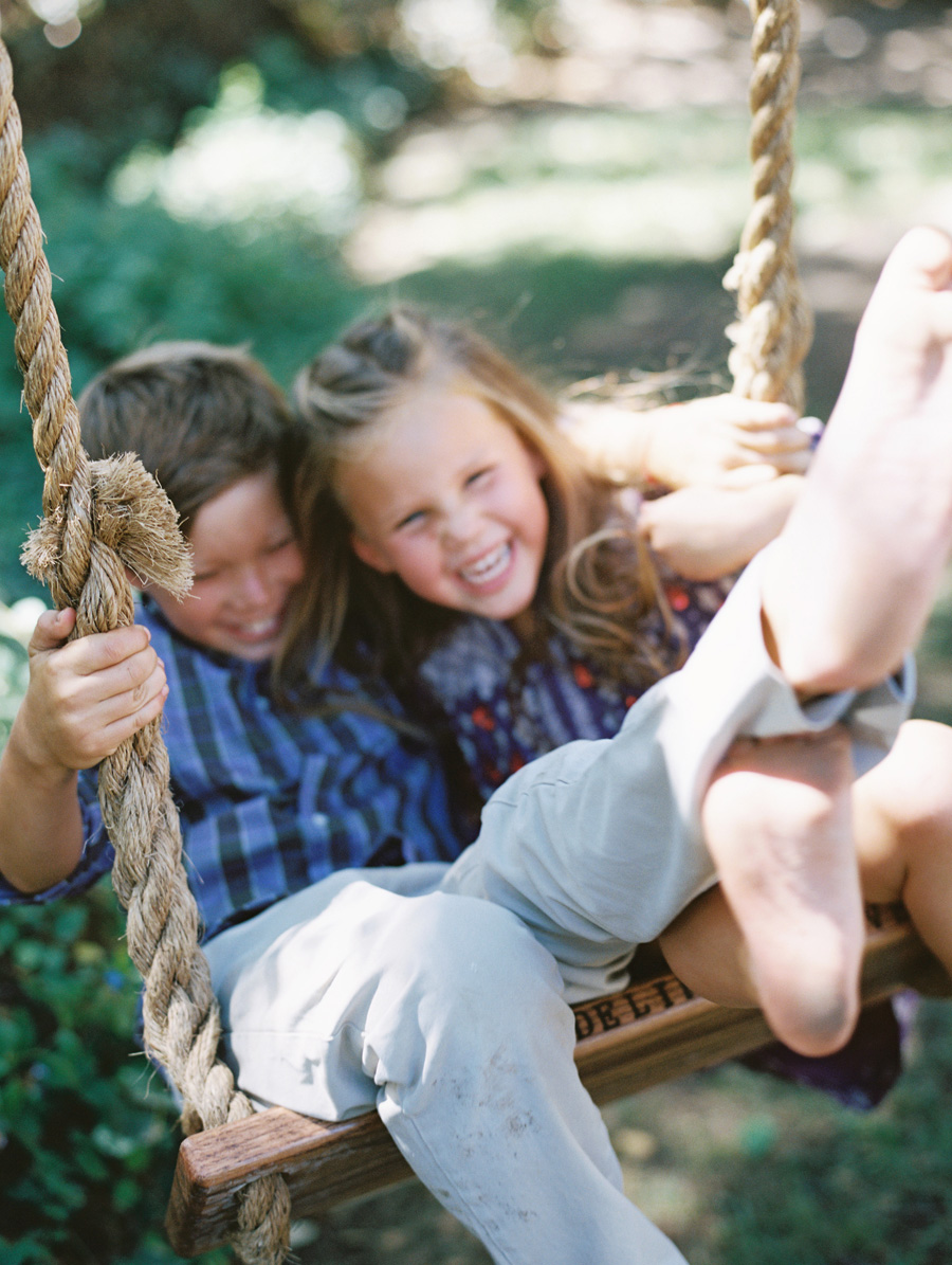 los angeles family photographer-swingin-09.jpg