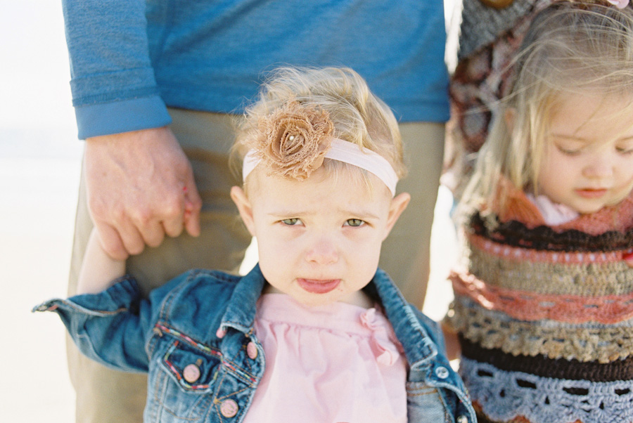 orange-county-family-photographer-victoria-oleary-day-at-the-beach-13.jpg