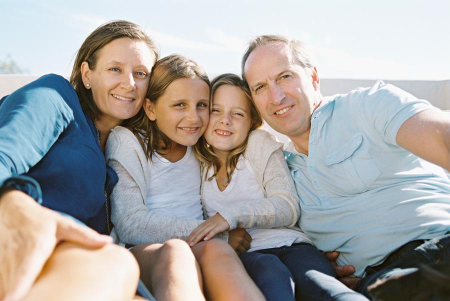 los-angeles-family-photographer-victoria-oleary-manhattan-beach-rooftop-015.jpg