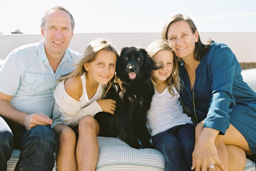 los-angeles-family-photographer-victoria-oleary-manhattan-beach-rooftop-23.jpg