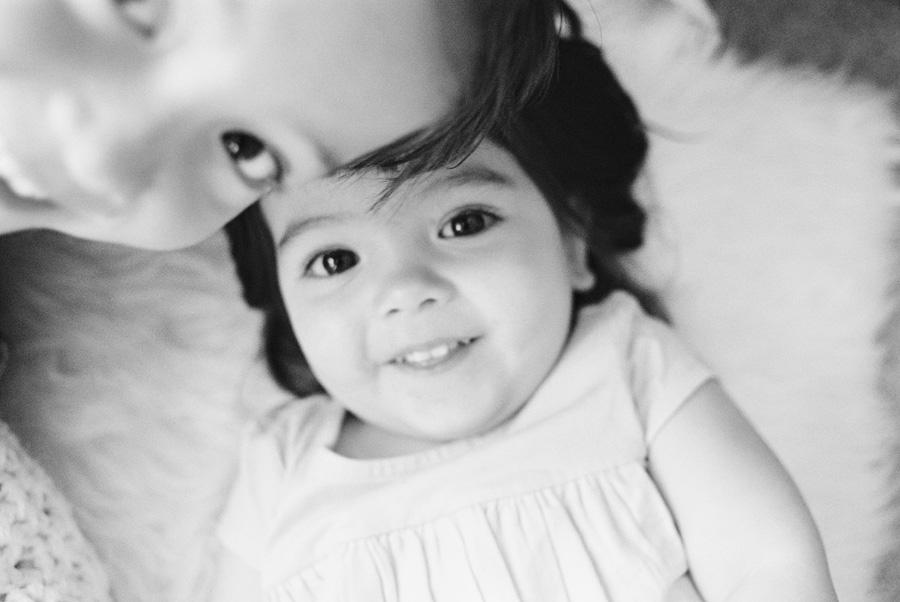 orange-county-newborn-photographer-victoria-oleary-new-baby-family-shoot8.jpg