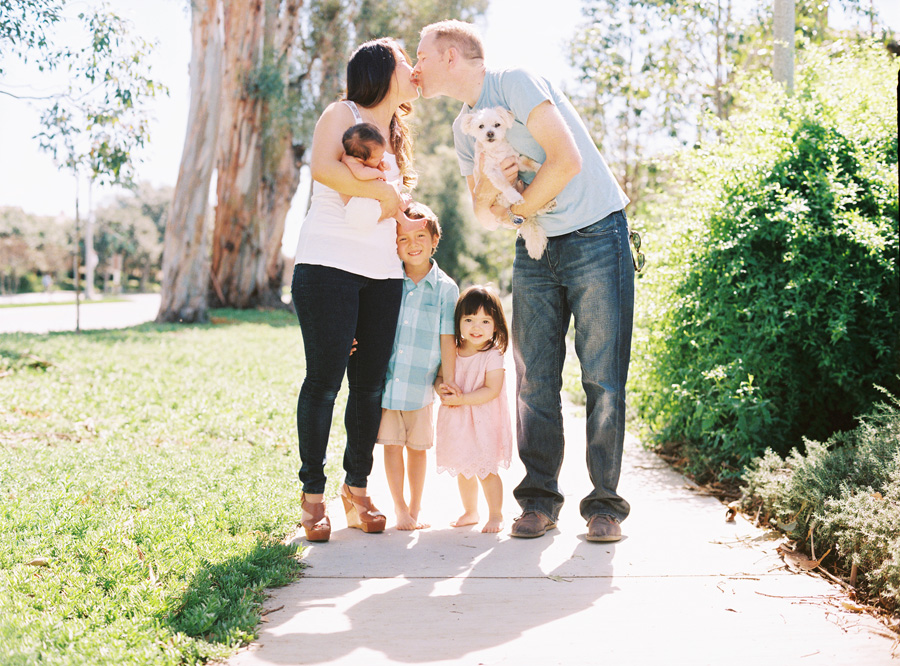 orange-county-newborn-photographer-victoria-oleary-new-baby-family-shoot11.jpg