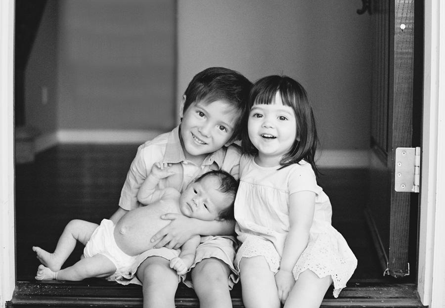 orange-county-newborn-photographer-victoria-oleary-new-baby-family-shoot14.jpg