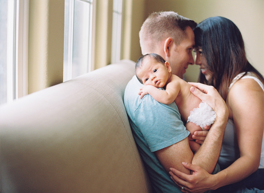 orange-county-newborn-photographer-victoria-oleary-new-baby-family-shoot19.jpg