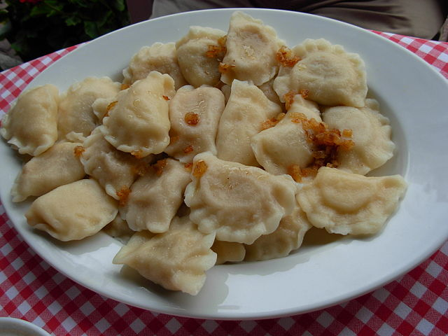 Pierogis - An Eastern European dish often associated with Poland. Pierogis are dough dumplings and are typically filled with potato, sauerkraut, plum, or meat.Photo: CC-BY-SA 2.5 User:Piotrus