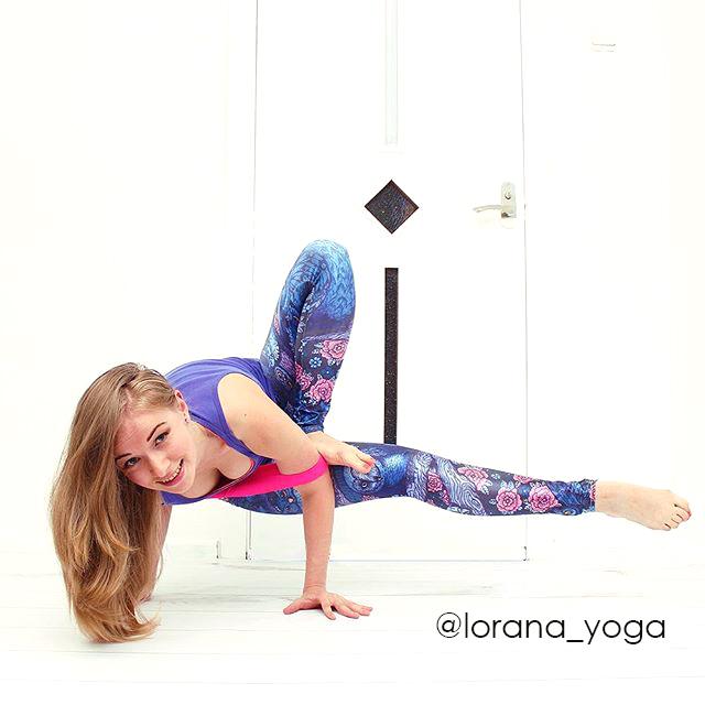 Lorana_yoga.jpg