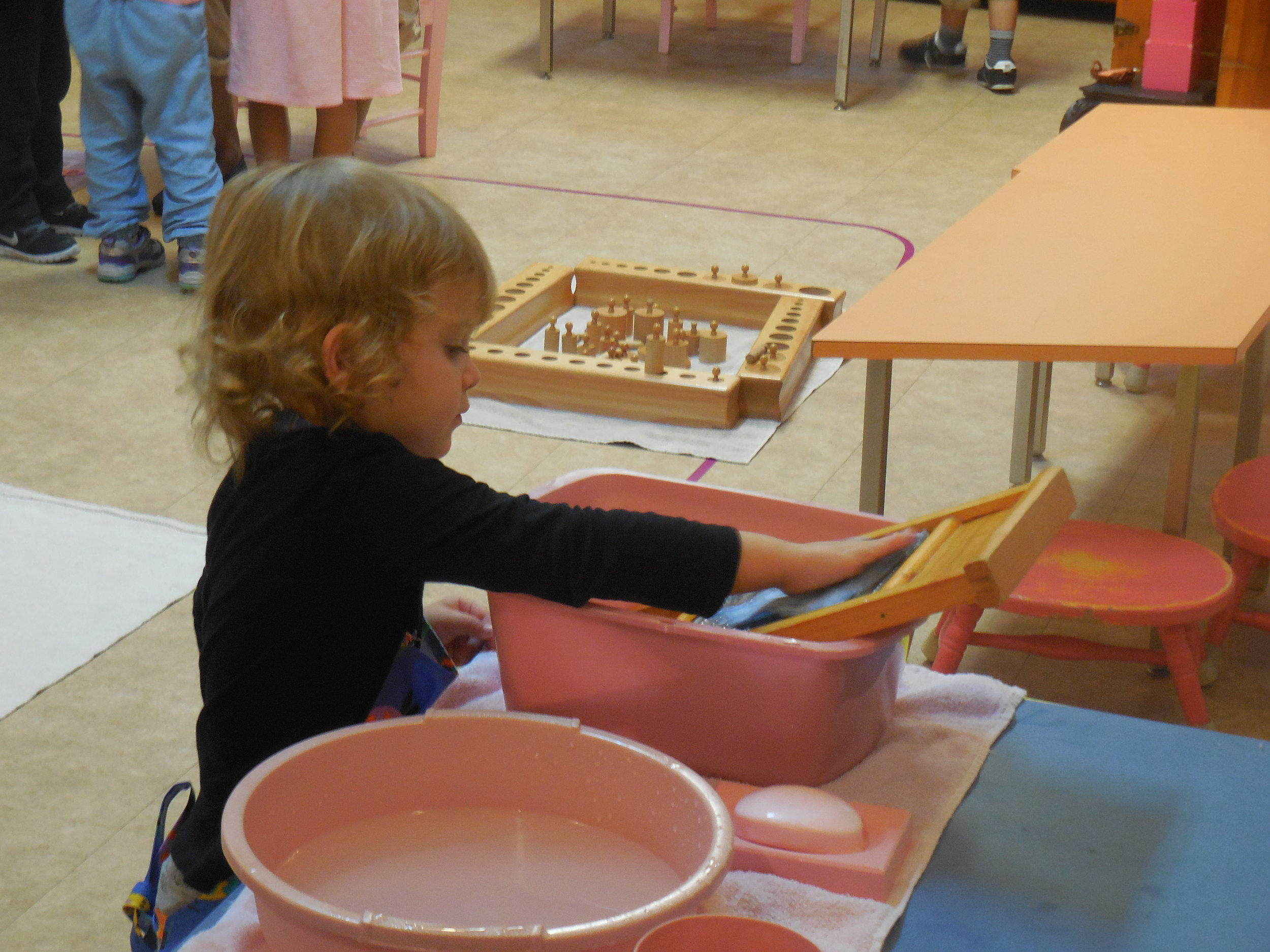 Montessori at work 5.JPG