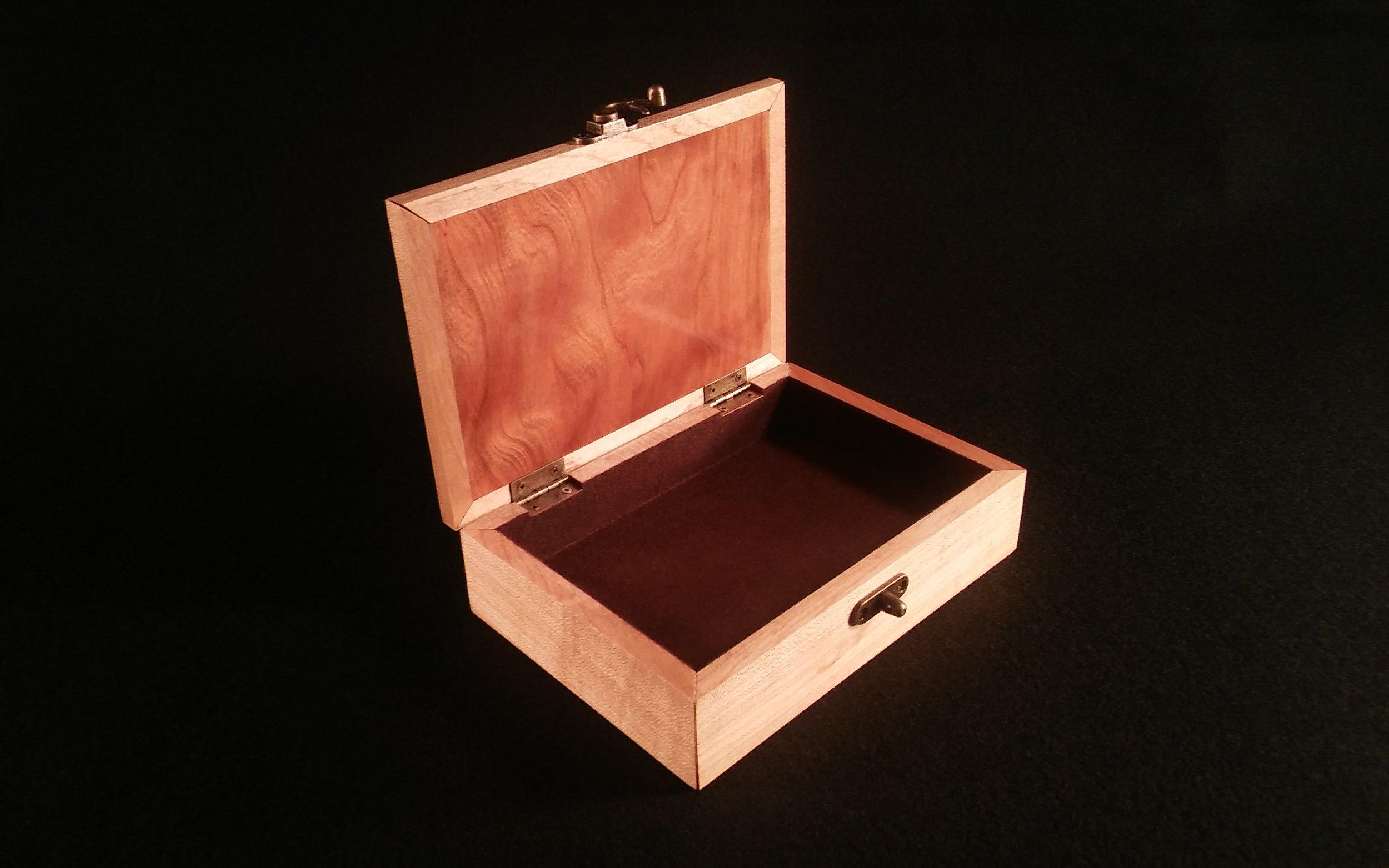 Box Internal.jpg