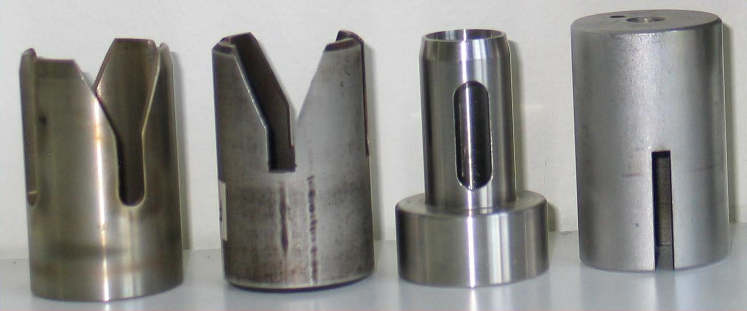 Devronizer A5 and A7 plugs