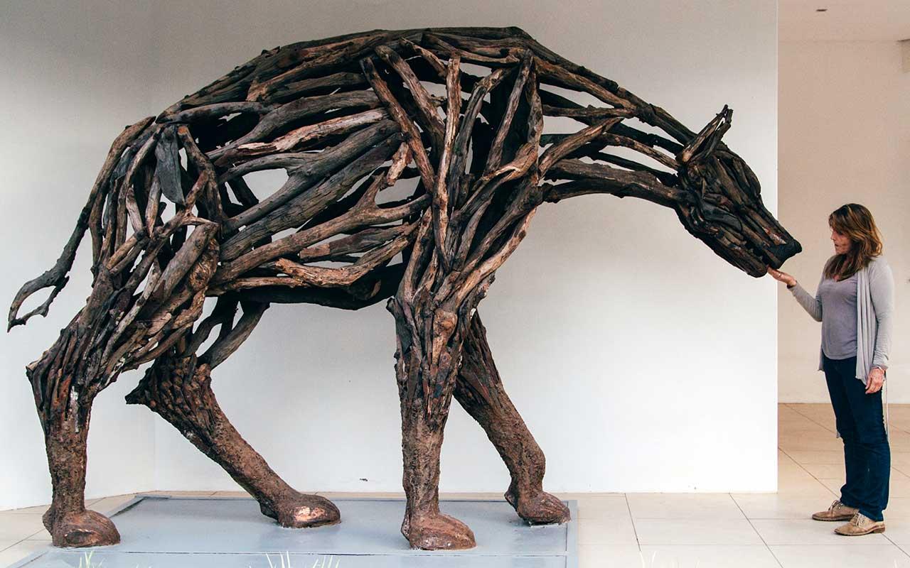 Hyena   Mopane heartwood, copper and steel 2010  (Photo:Peder Bjorling)