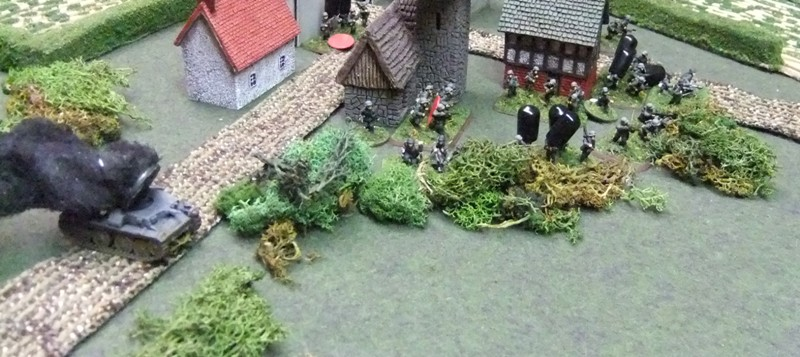 German 2nd Zug secures town