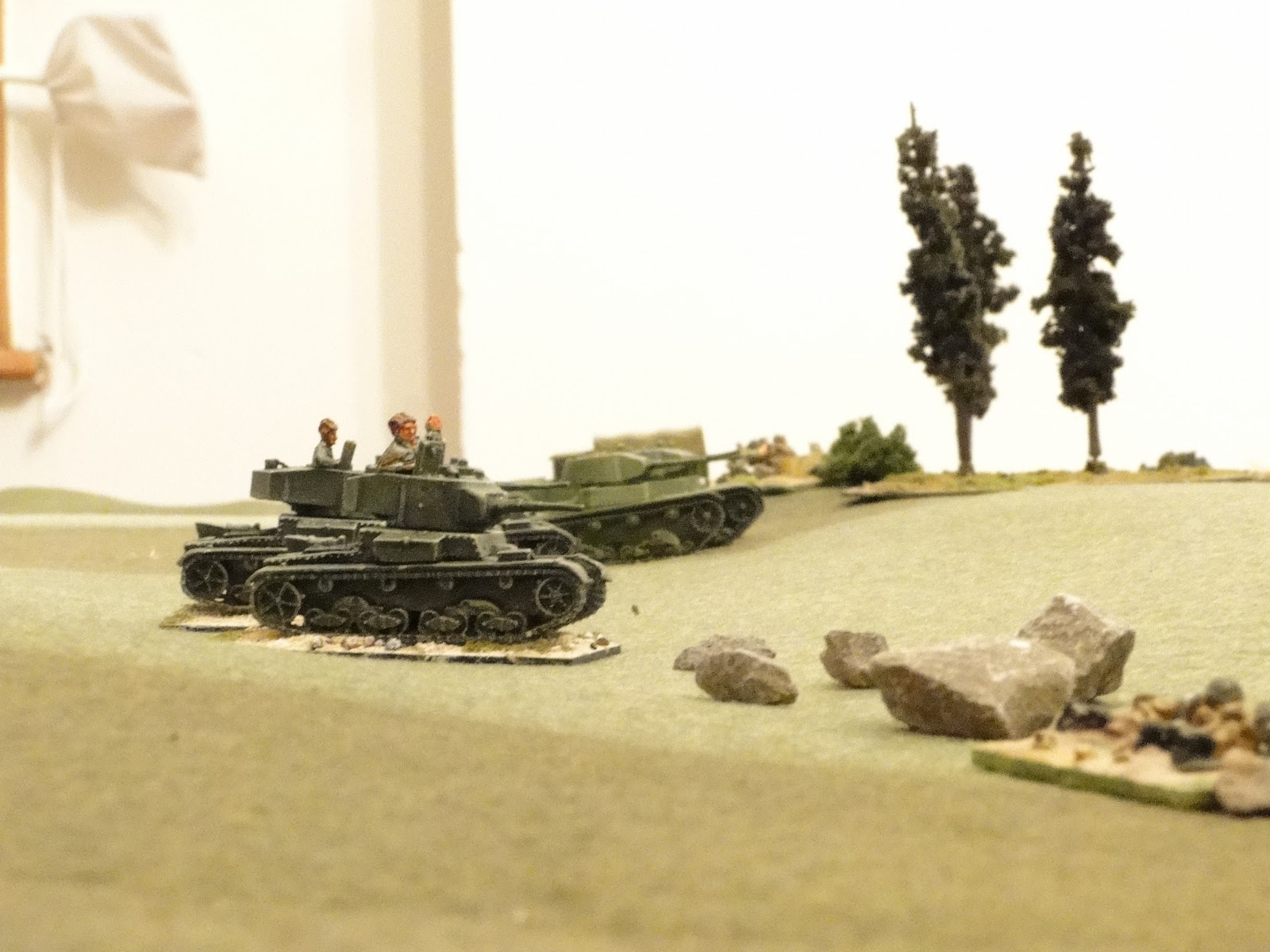 With no Big Men to rally them the T26s tactics are to hold their position and fire from hull down positions.