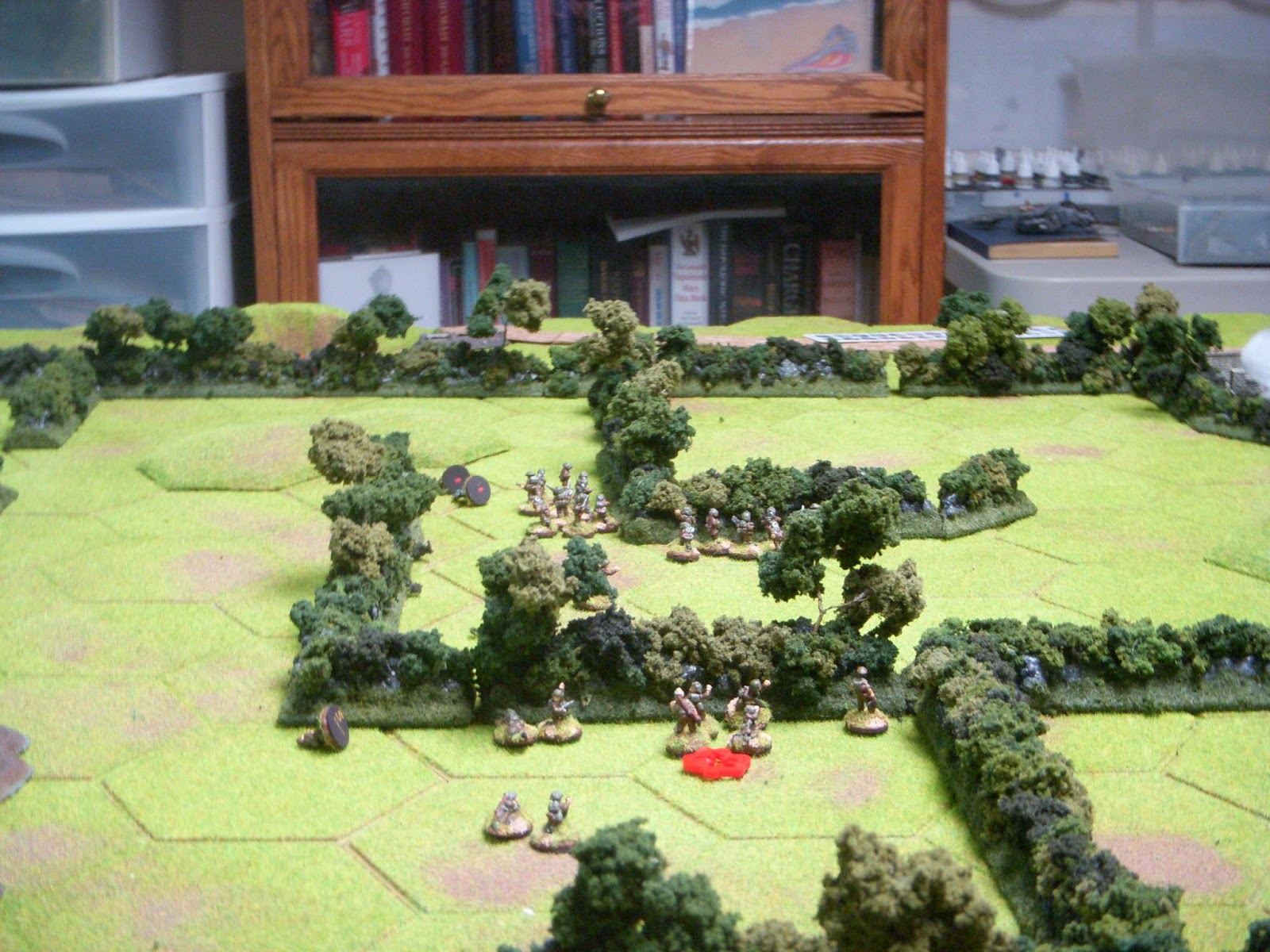 Bounding overwatch gains the British some ground in the centre once the MG-42 starts to get flanked