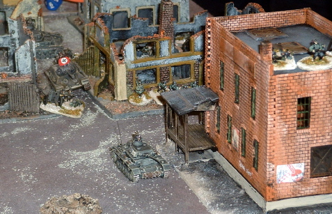 Biff, Mike and Edward's Panzers attack the Central Sector