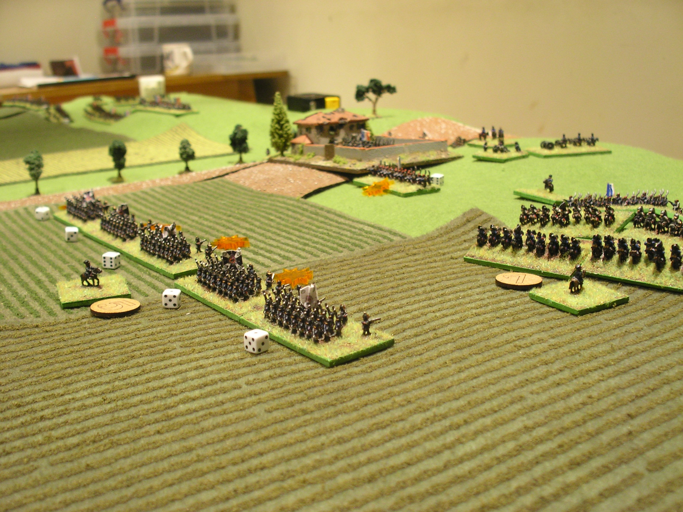 keeping the centre of the french line occupied (note the corps cavalry charging in on the right)