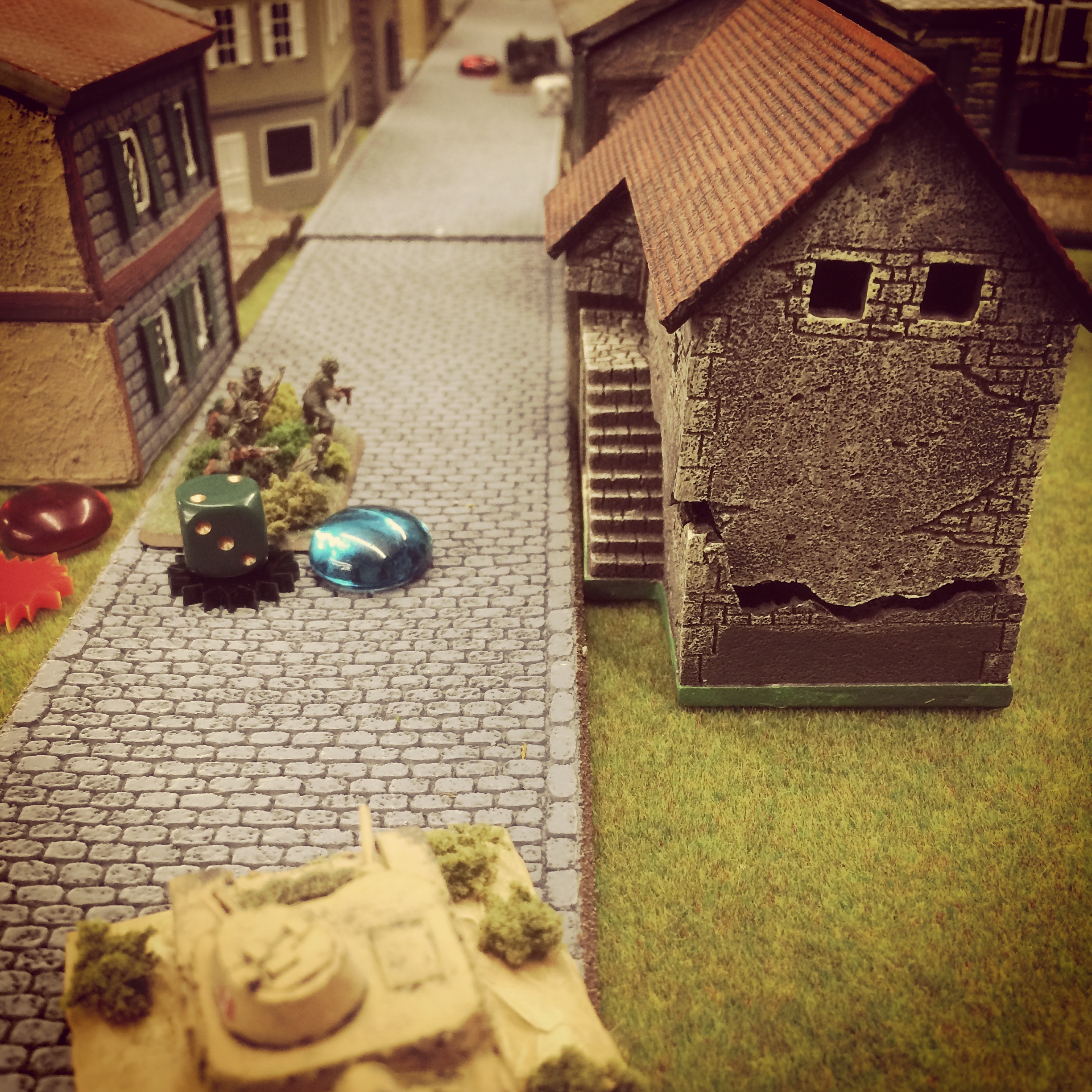 Italian armor sneaks around the American right as the US 37mm M3 anti-tank gun waits in the distance
