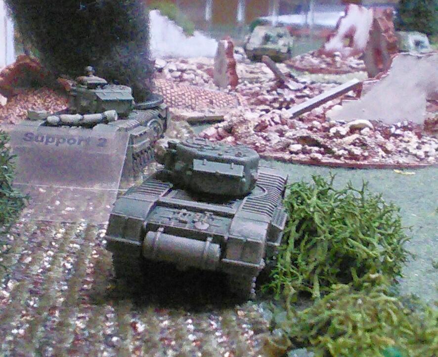 Churchills trade shots with the Brummbärs