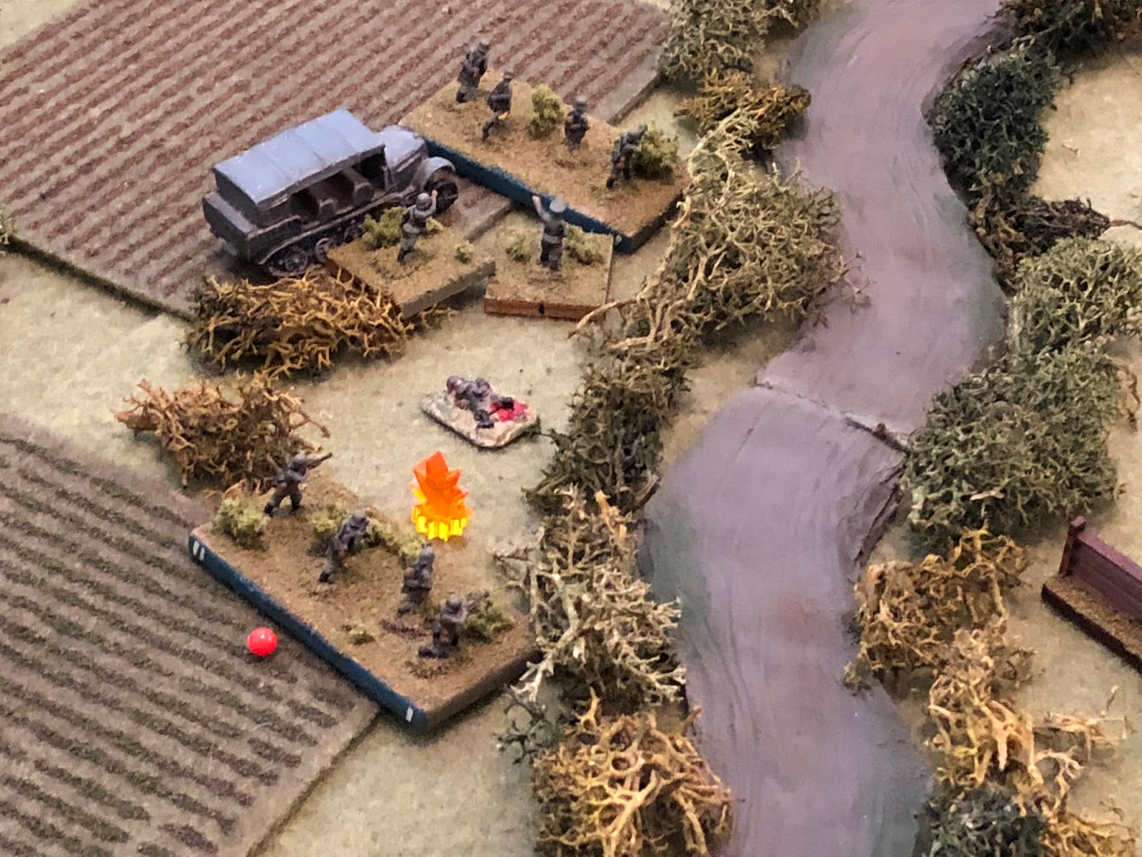 The French rifle fire manages to suppress Sgt Kamphaus' 2nd Squad, 1st Platoon...
