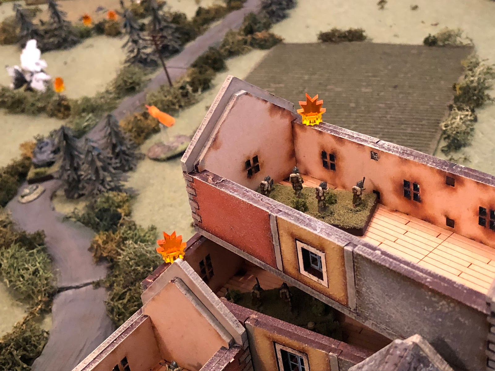 The French 2nd Platoon (right centre) continues to fire on the German 4th Platoon (top left), but they're already so beat up I'm not sure how you'd tell if the fire is effective or not...