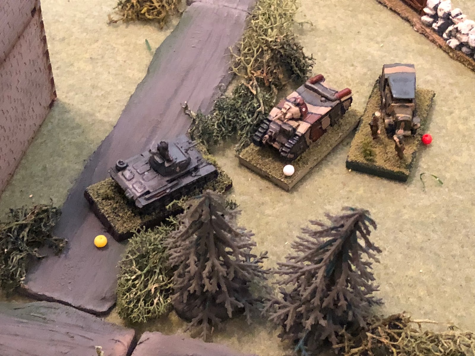 Lt Loeb throws caution to the wind, charging his tank almost nose to nose with the Char B!  The French turret begins to swivel towards the German panzer as Lt Loeb's gunner pumps round after round at the enemy tank's gun barrels and vision slits...