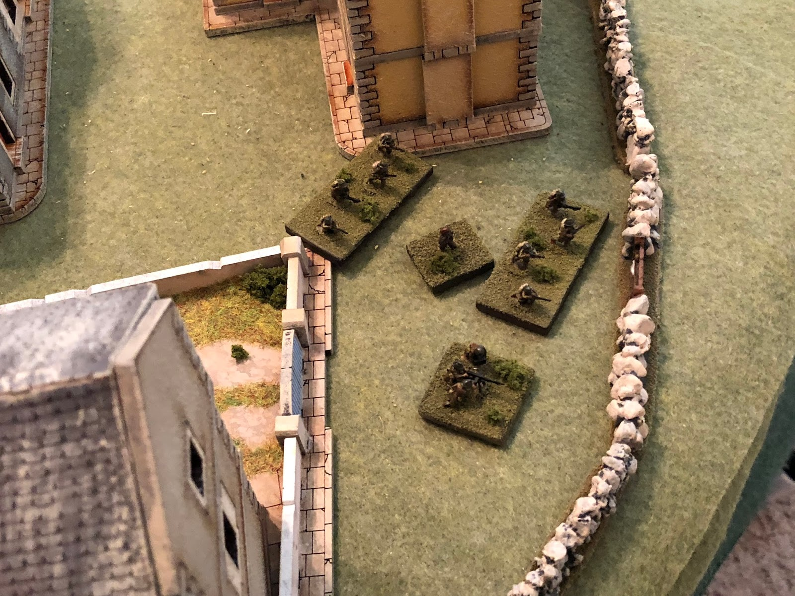 While the French anti-tank gunners spiked their gun and fell back, joining the machine gun team and last remaining squads from 1st and 2nd Platoons.