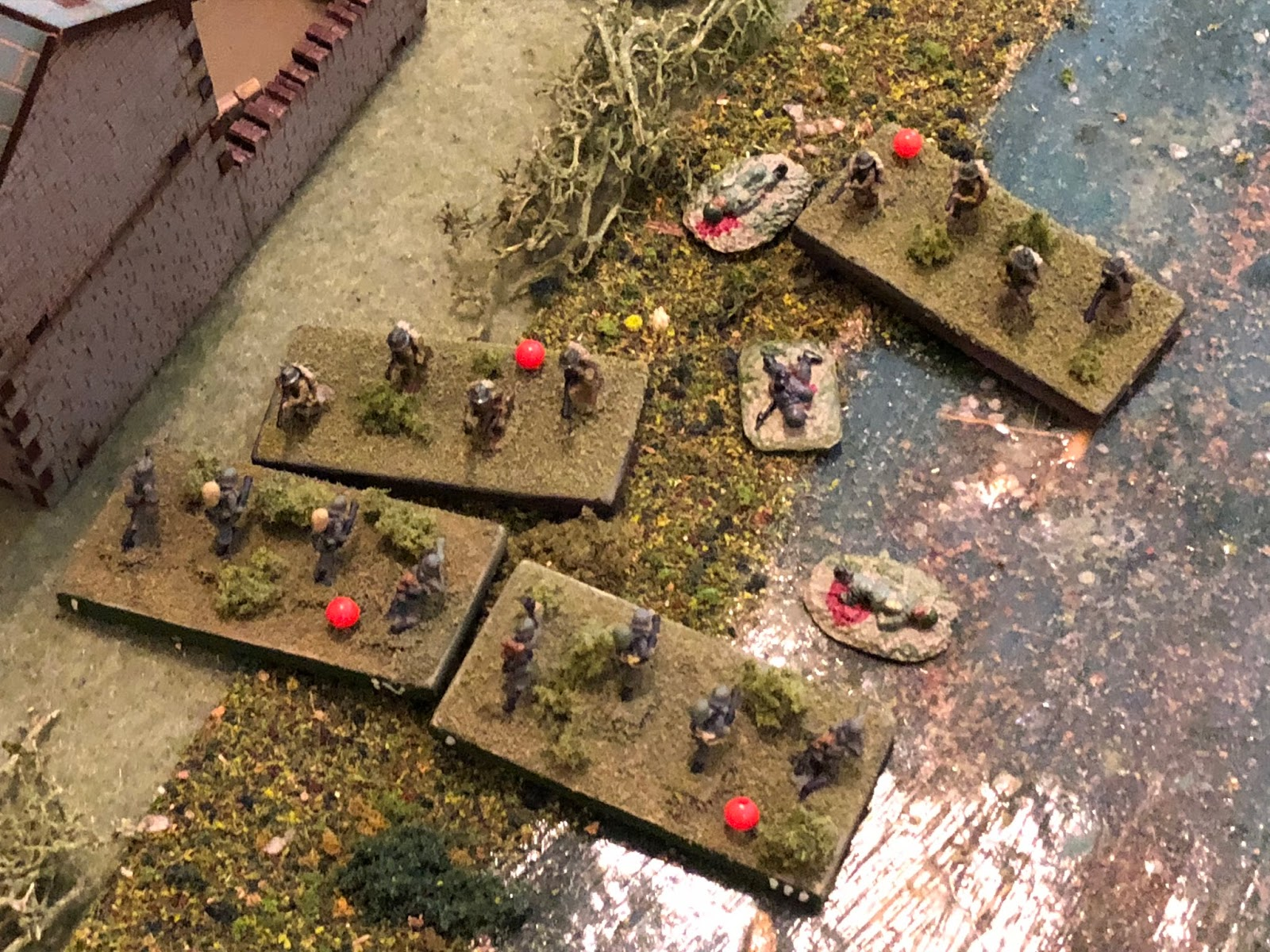 A French squad on the German right falters and is consumed by the swirling mass of death and destruction...
