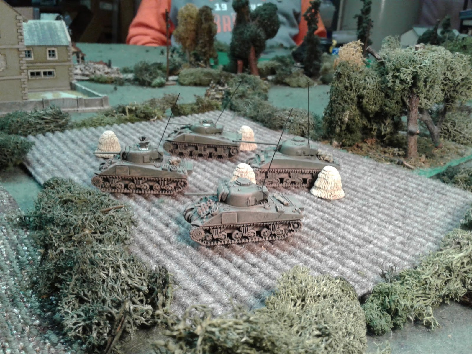 Shermans move around the flank