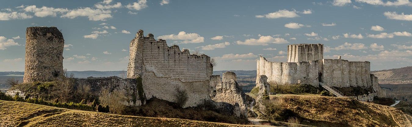 1350px-Chateau_Gaillard.jpg