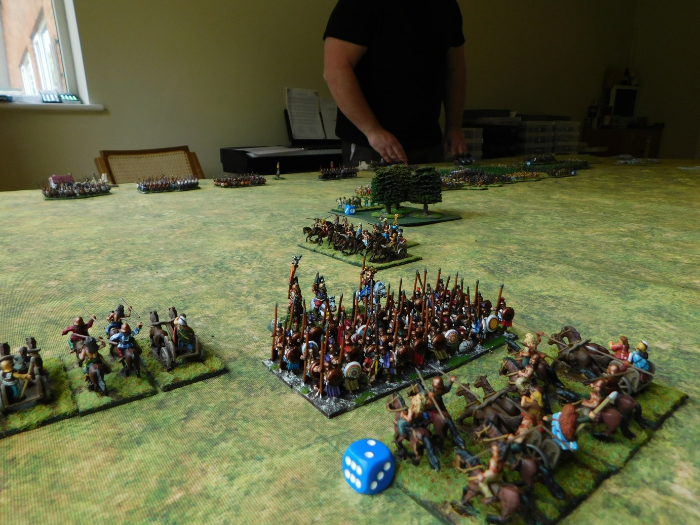 Lone Hoplites attacked on all sides