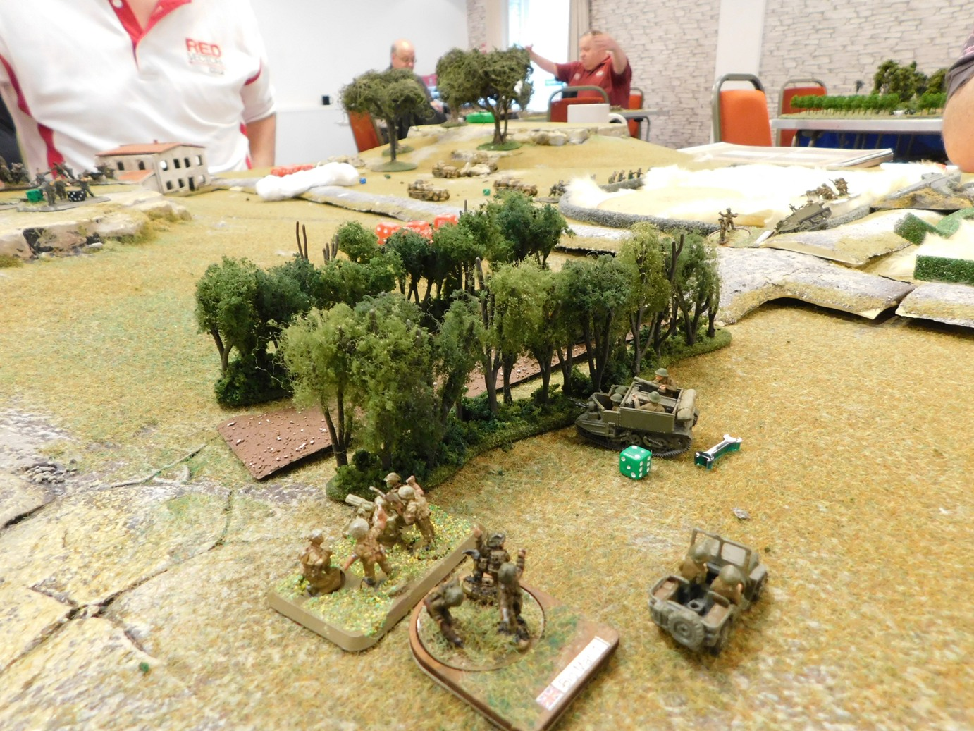 Vickers plus company commander on the left flank