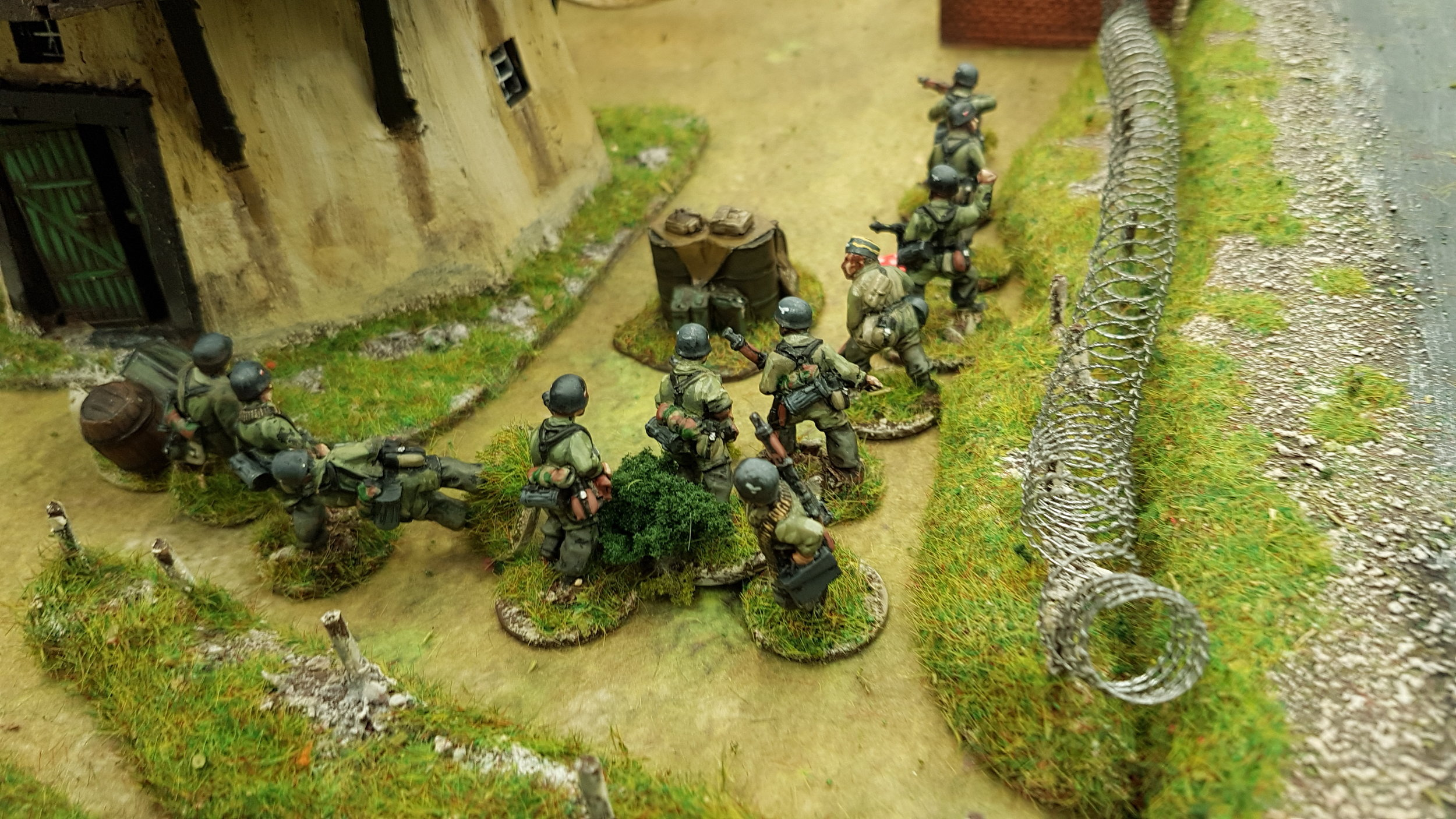 Third Fallschirmjaeger squad at the moment of their victory!