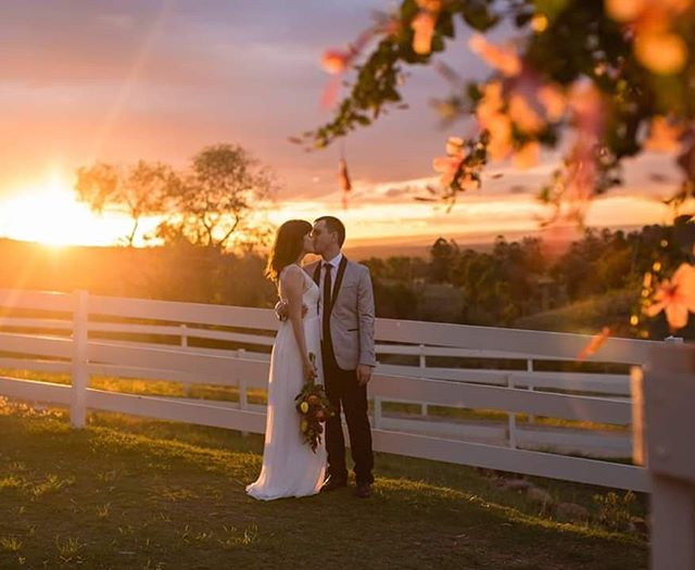 #Congratulations Anita + Sam. What an absolutely #beautiful #day 🥰. I can't wait to share more!  #weddings #weddingphotography #weddingphotographer #brisbaneweddingphotographer #branellhomestead #goldcoastweddingphotographer #sunshinecoastweddingphotographer #northernnswweddingphotographer #laidley #sunset #goldenhour #brideandgroom #2019bride