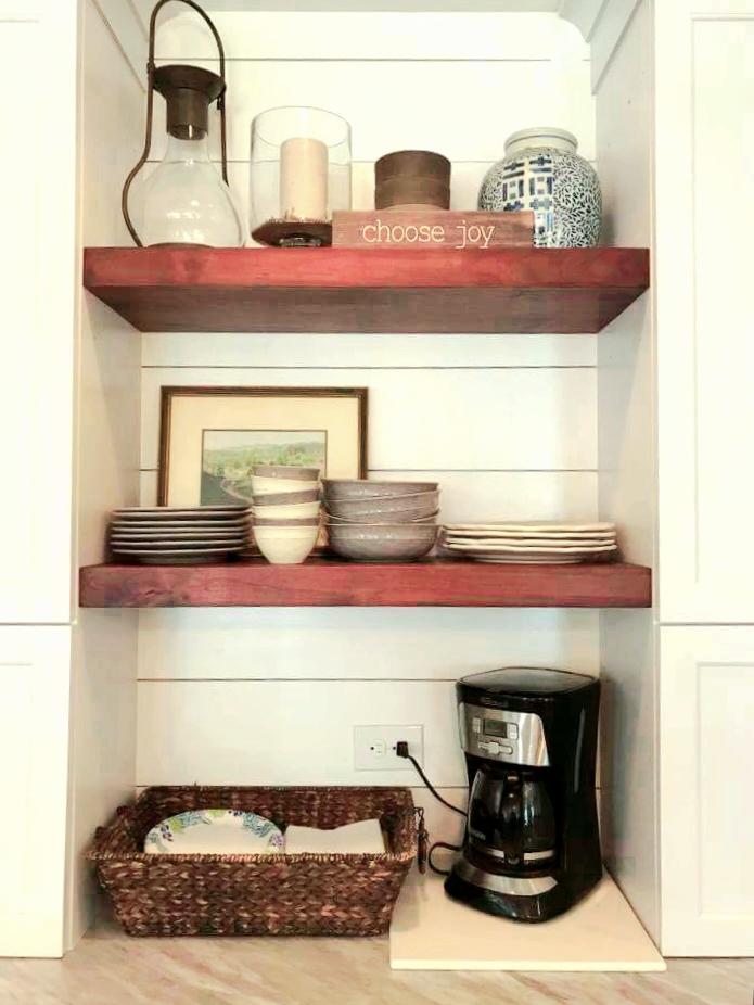 LUXE Homes Pro 018 niche shelves.jpg