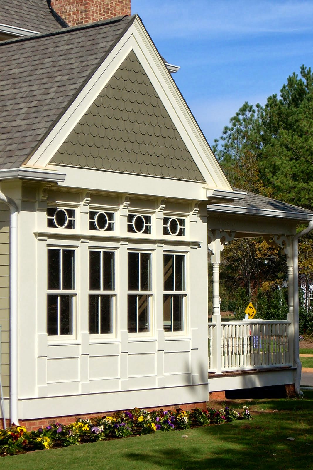 LUXE Homes Pro 039 house detail.jpg