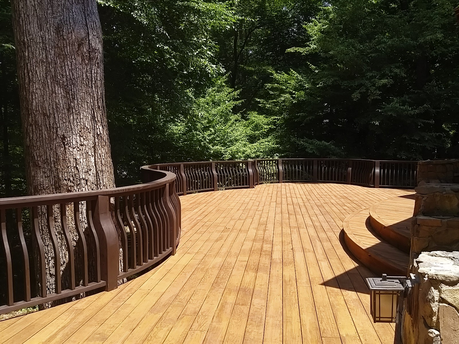 LUXE Homes Pro Deck no spa.jpg