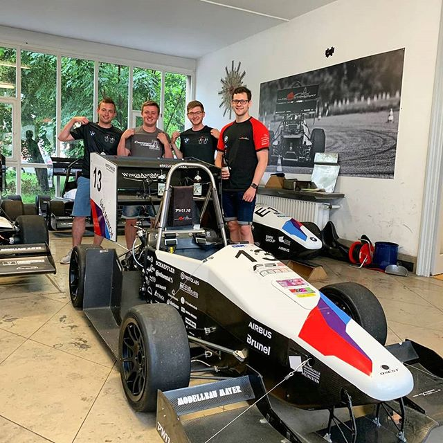 Pitstop in Munich to check out @mucmotorsport, thanks for showing us around! #racecar #formularacing #munich #motorsport #bmw #uc #germany #fsg #formulastudent #fsae