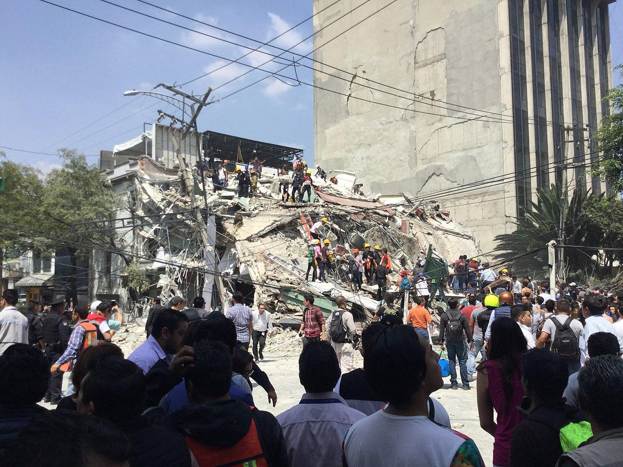 toppled building2.jpg