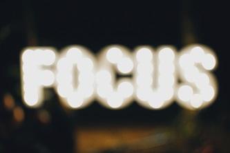 focus_blurred_small.jpg