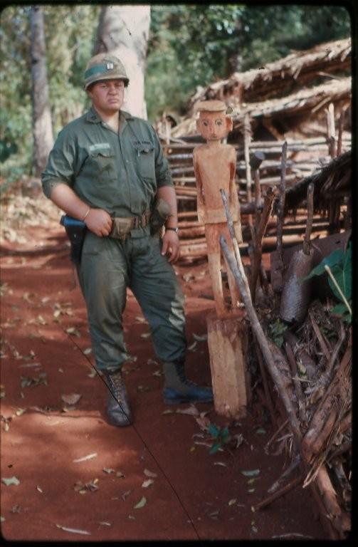 Robert E. Mallin in Vietnam