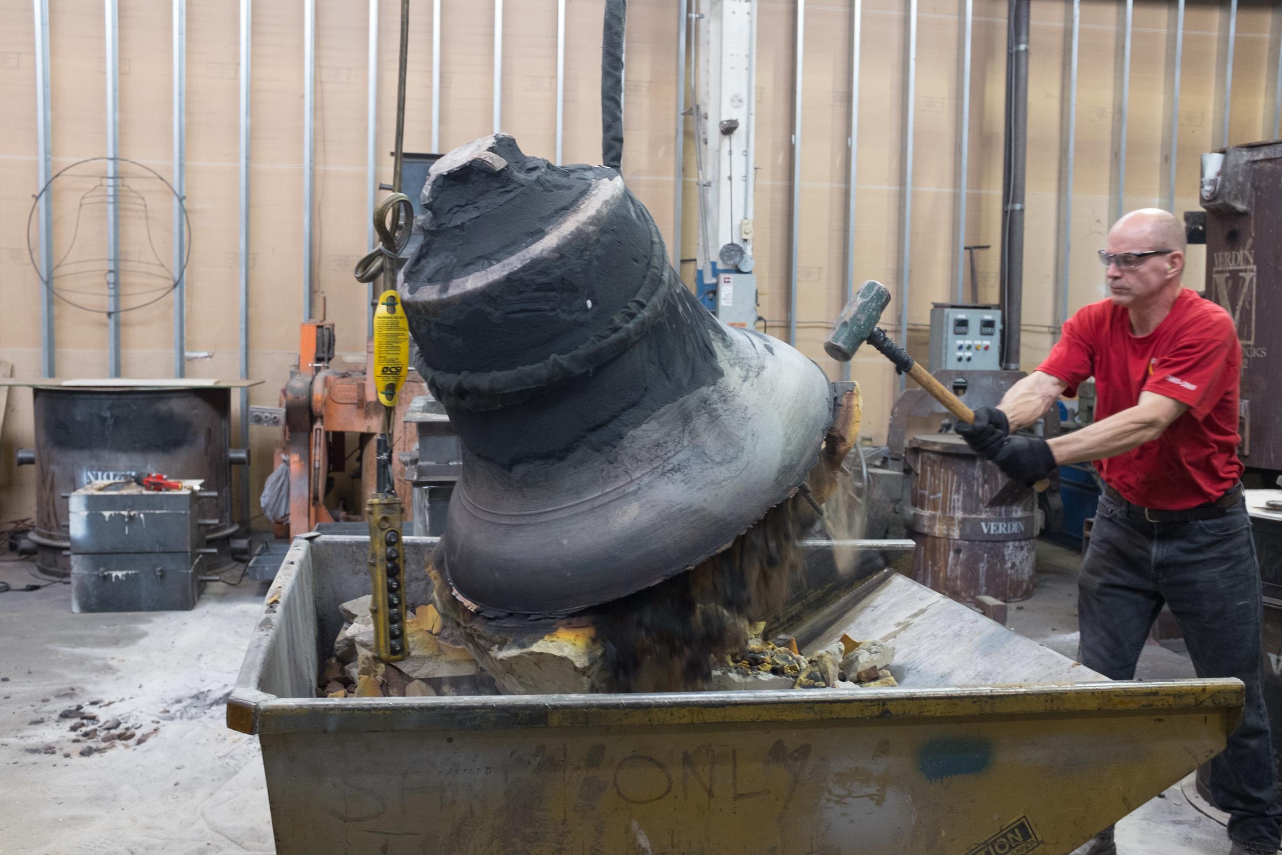 Honor Bell Mold Breaking-150.jpg