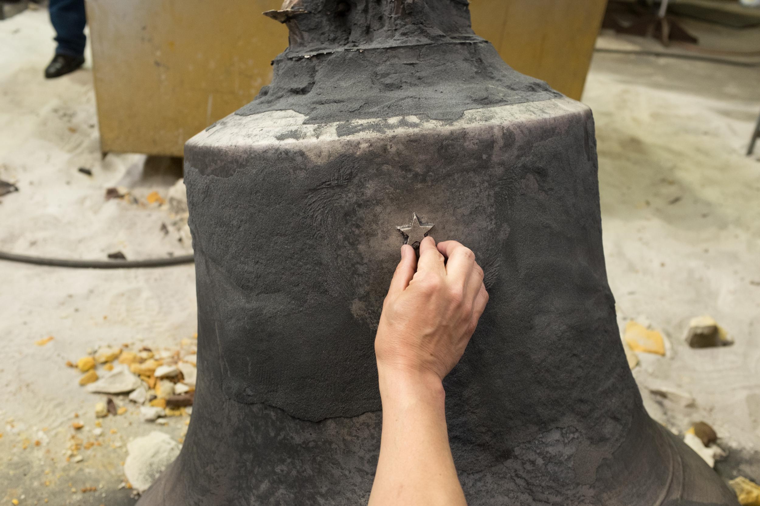 Honor Bell Mold Breaking-168.jpg